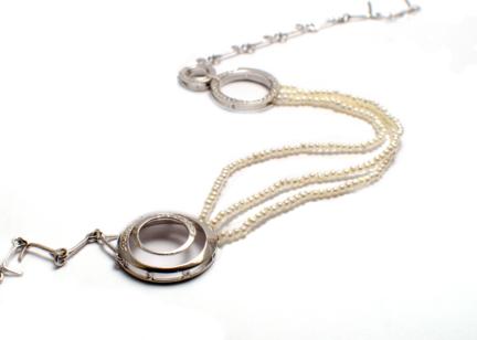 Bijou de tête – Headband – or gris 18 carats